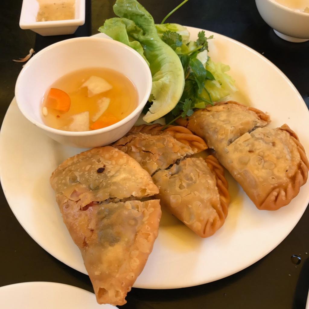 Banh Goi @ Quan An Ngon