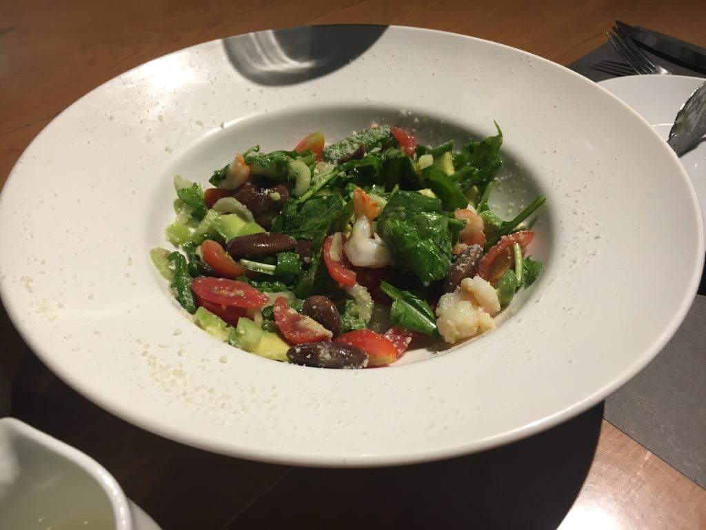 Shrimp, avocado and bean salad @ Pizza 4P's