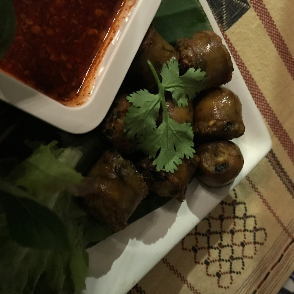 Northern Thai sausages @ Huen Phen. Photo credit: Aaron.