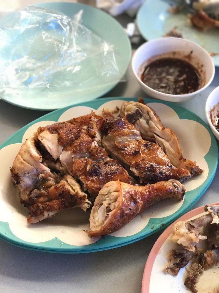 Half a BBQ chicken @ ไก่ย่างวิเชียรบุรี. Photo credit: Aaron.