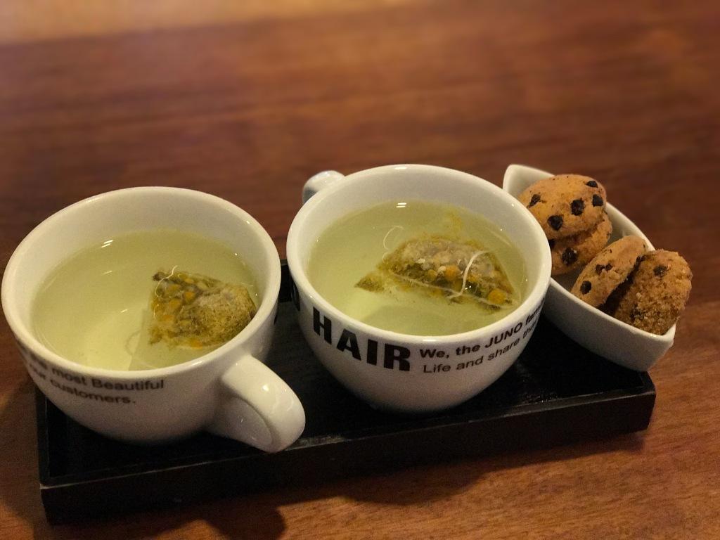 Tea and cookies to enjoy at Juno Hair. Photo credit: Aaron.