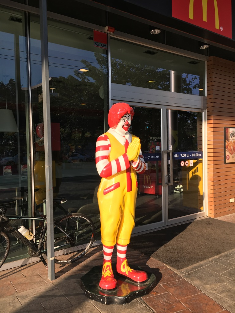 Even Ronald is doing the Wai!