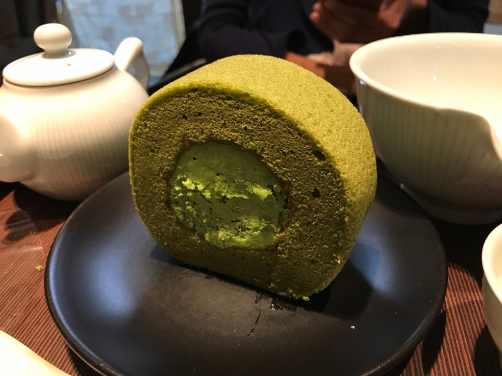 The green tea roll cake that lured us into the store @ Osulloc Tea House. Photo credit: Aaron.