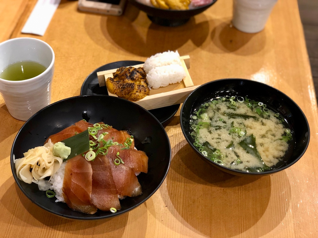 Marinated salmon bowl, uni and miso soup